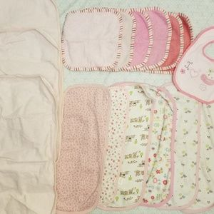 Burpcloths, washcloths and changing pads! 16 pcs